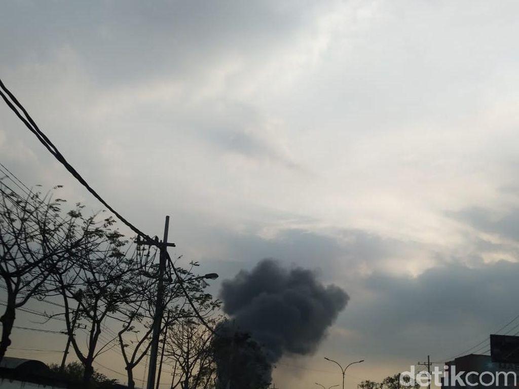 Pergudangan di Tambak Langon Surabaya Terbakar