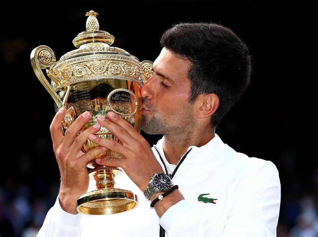Duel Nyaris Lima Jam dengan Federer, Novak Djokovic Juara Wimbledon