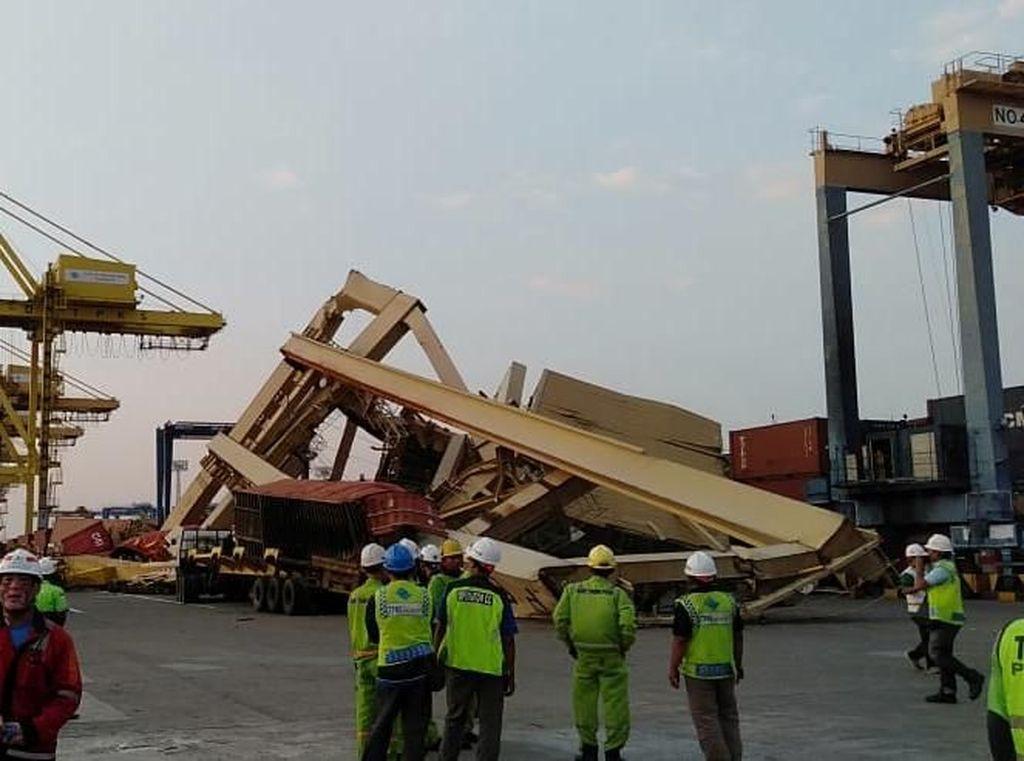 Penjelasan Syahbandar soal Insiden Kapal Tabrak Crane di Semarang