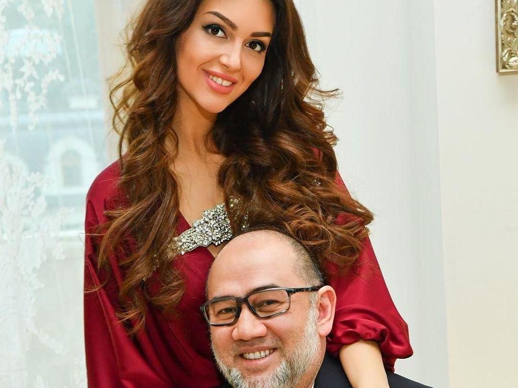 Foto Mesra Miss Moscow & Eks Raja Malaysia yang Lagi-lagi Diisukan Cerai