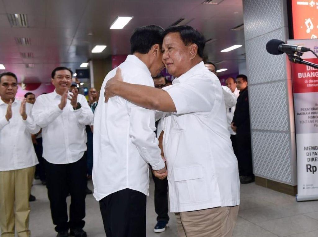 Gerindra Sebut Prabowo Bersedia Akurkan FPI dengan Jokowi