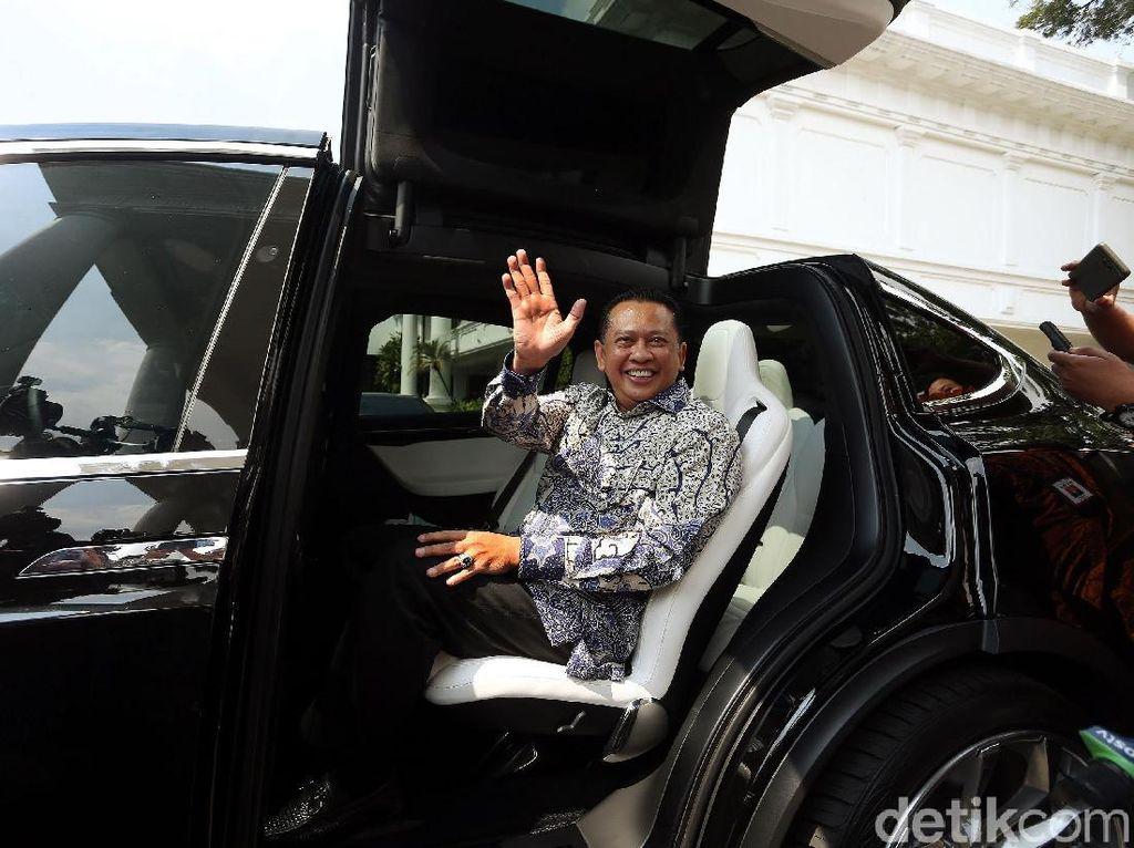 Bamsoet: Kendaraan Listrik Pakai Pelat Khusus Mudahkan Petugas