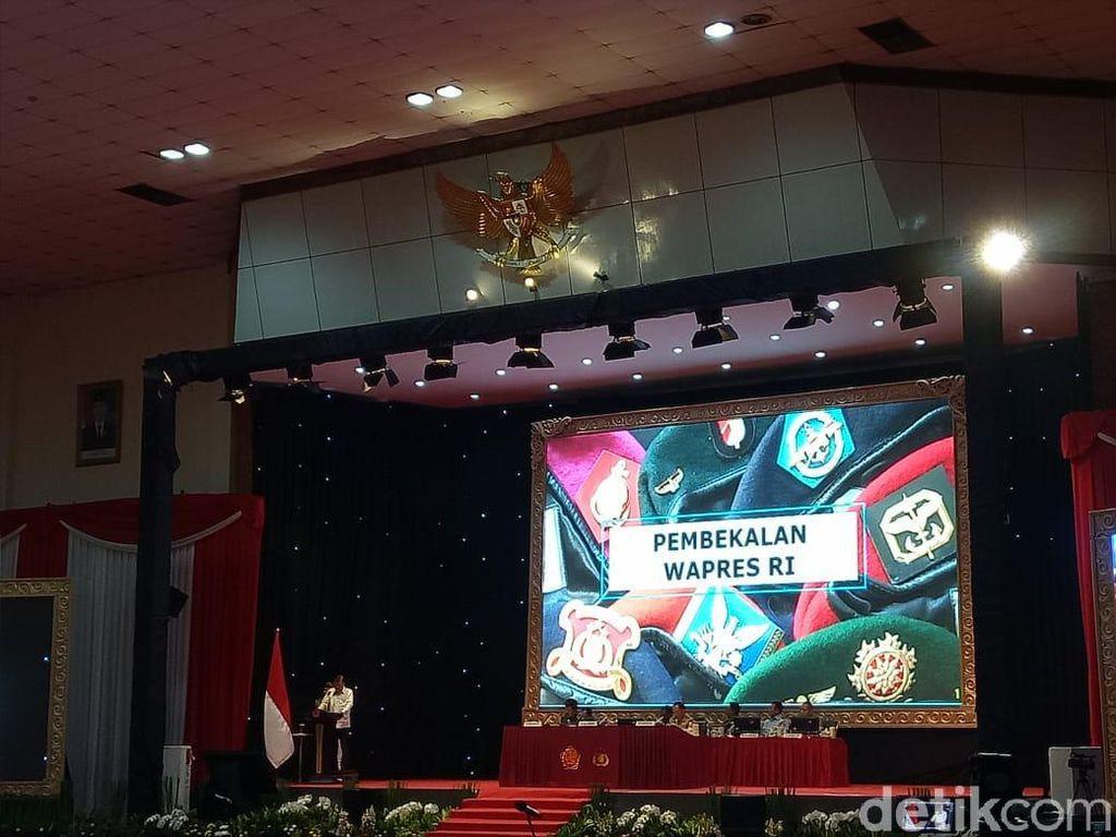 Wapres JK Beri Pembekalan ke Capaja TNI-Polri di Cilangkap