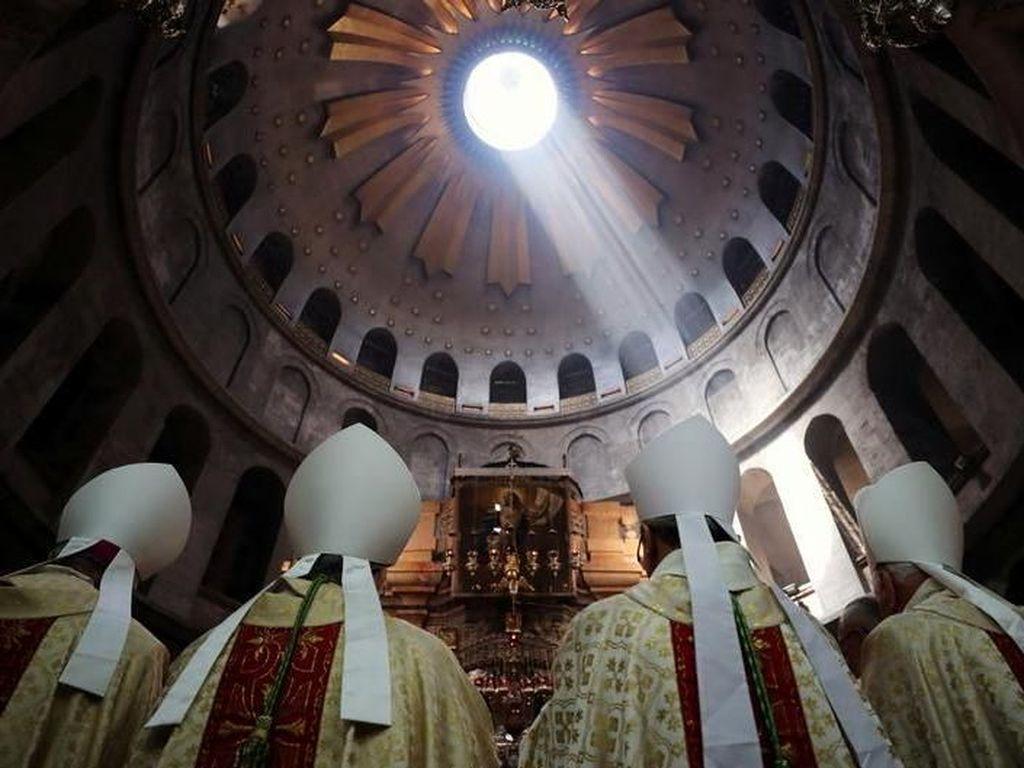 Ketika Dunia Kian Takut dengan Simbol Keagamaan
