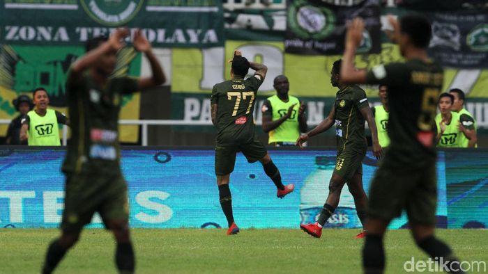 Tira Persikabo mengalahkan Persija Jakarta 5-3. (Foto: Rifkianto Nugroho/detikcom)