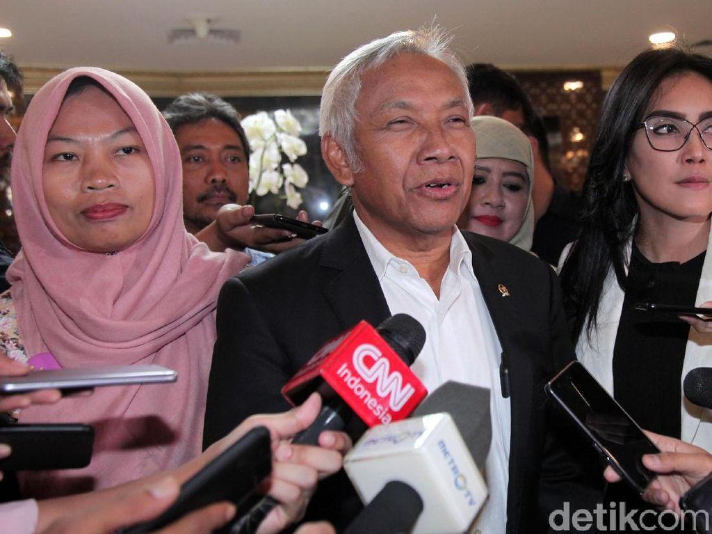 Bamus DPR Serahkan Pertimbangan Amnesti Baiq Nuril ke Komisi III