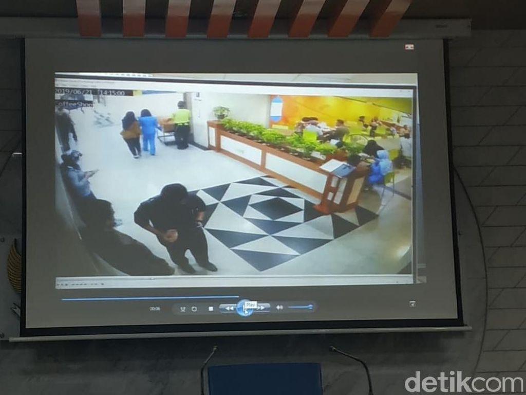 Ombudsman Tunjukkan Video Pengawal Tahanan KPK Saat Terima Uang