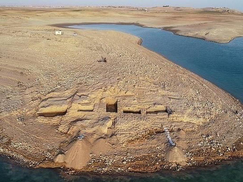 Sungai Tigris Surut, Istana 3.400 Tahun Terungkap ke Permukaan