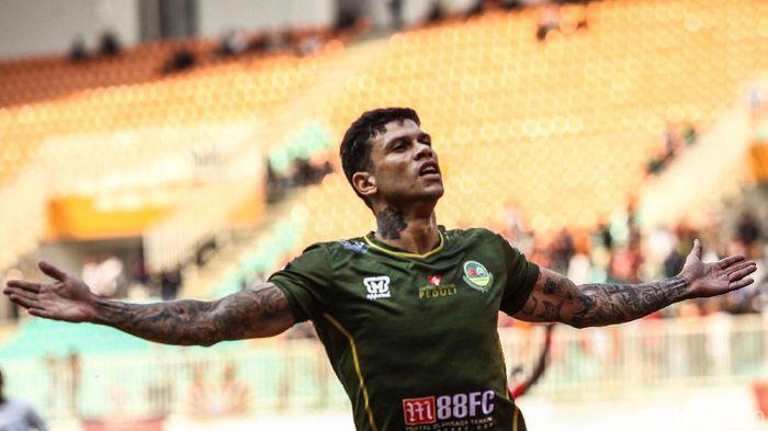 Ciro Alves menjadi pemain yang paling sering terlibat gol di Liga 1 2019. (Foto: Rifkianto Nugroho)
