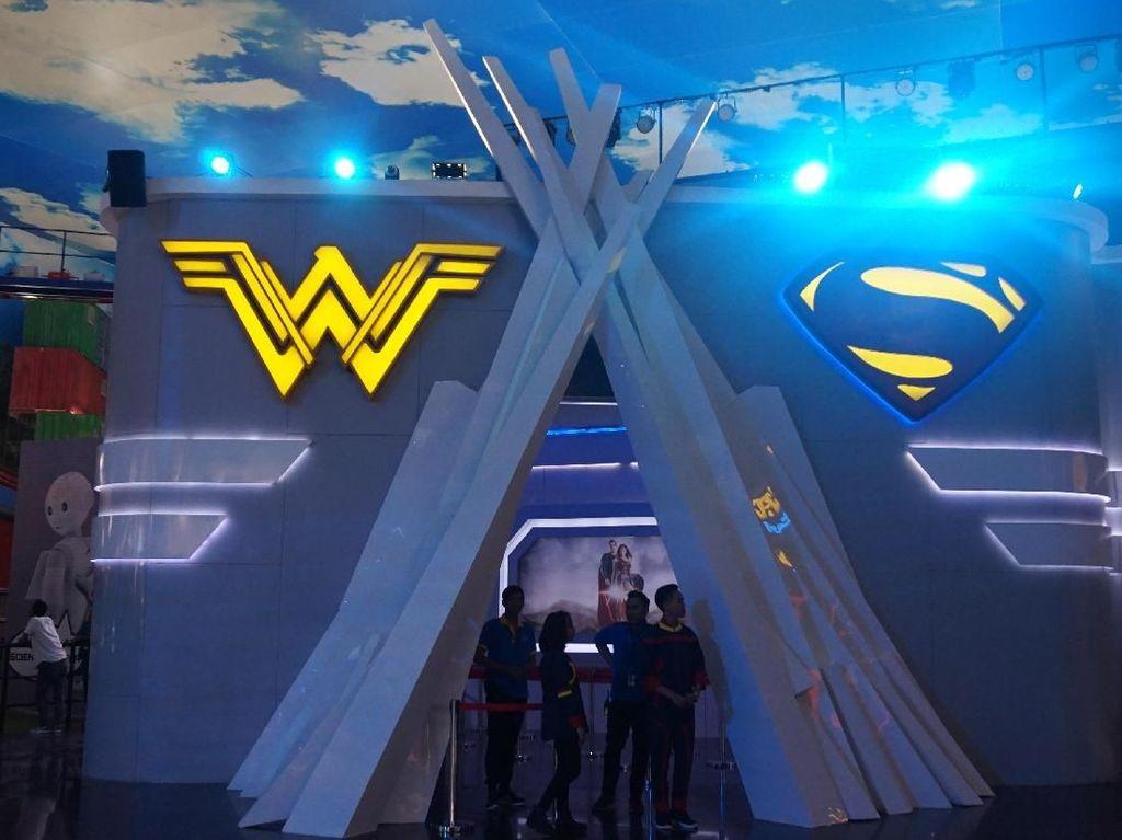 Cuma di Trans Studio Cibubur Bisa Bertarung Bareng Wonder Woman