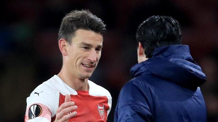 Manajer Arsenal Unai Emery menunggu keputusan Laurent Koscielny. (Foto: Marc Atkins / Getty Images)