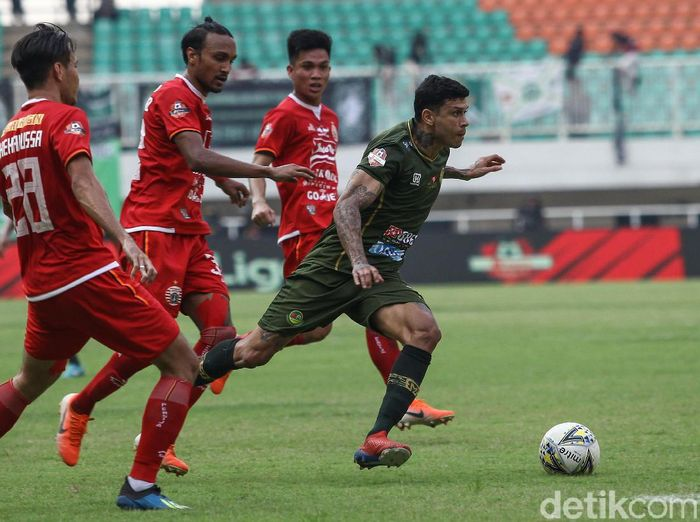Persija Jakarta vs Tira Persikabo dipentaskan di Liga 1 hari ini. (Foto: Rifkianto Nugroho/detikcom)