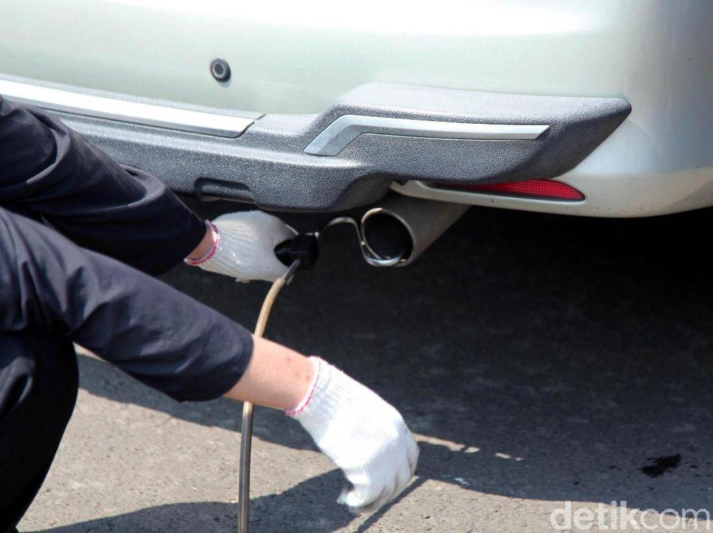 Kendaraan Tak Uji Emisi Bakal Ditilang Mulai Bulan Depan, Ini Manfaat Uji Emisi