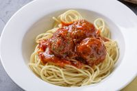 Resep Spaghetti Bola-bola Daging Enak Buat Bekal Sekolah
