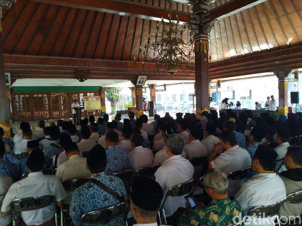 133 PNS di Pemkab Mojokerto Terima Cuti 50 Hari untuk Tunaikan Haji