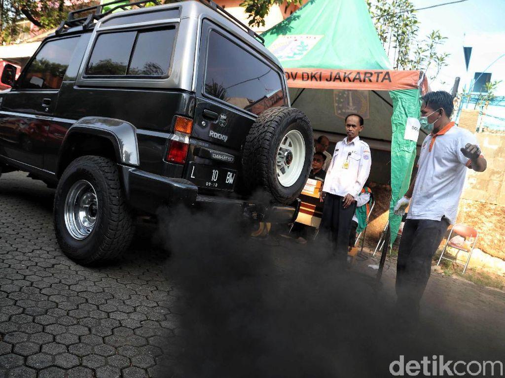 Sama-sama Jadi Biang Polusi DKI, Ini Bahaya Polutan Gas Vs Debu