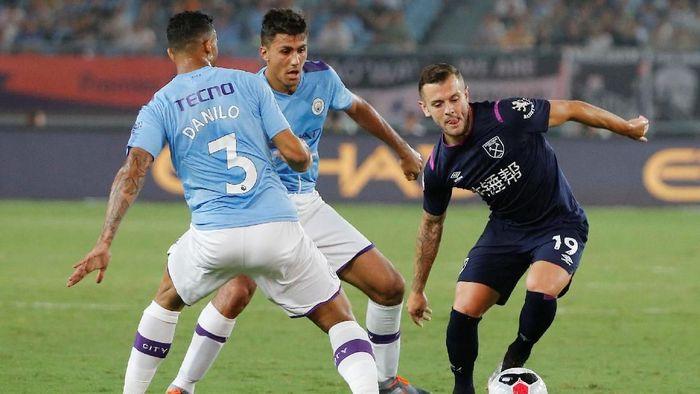 Manchester City menang 4-1 atas West Ham United di laga pramusim (Foto: Thomas Peter/Reuters)
