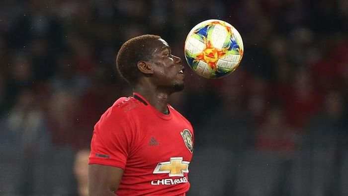 Paul Pogba bertahan atau hengkang dari Manchester United? (Paul Kane/Getty Images)