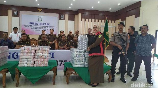 Kejati Aceh Sita Duit Rp 36 M Terkait Dugaan Korupsi Keramba Apung Sabang