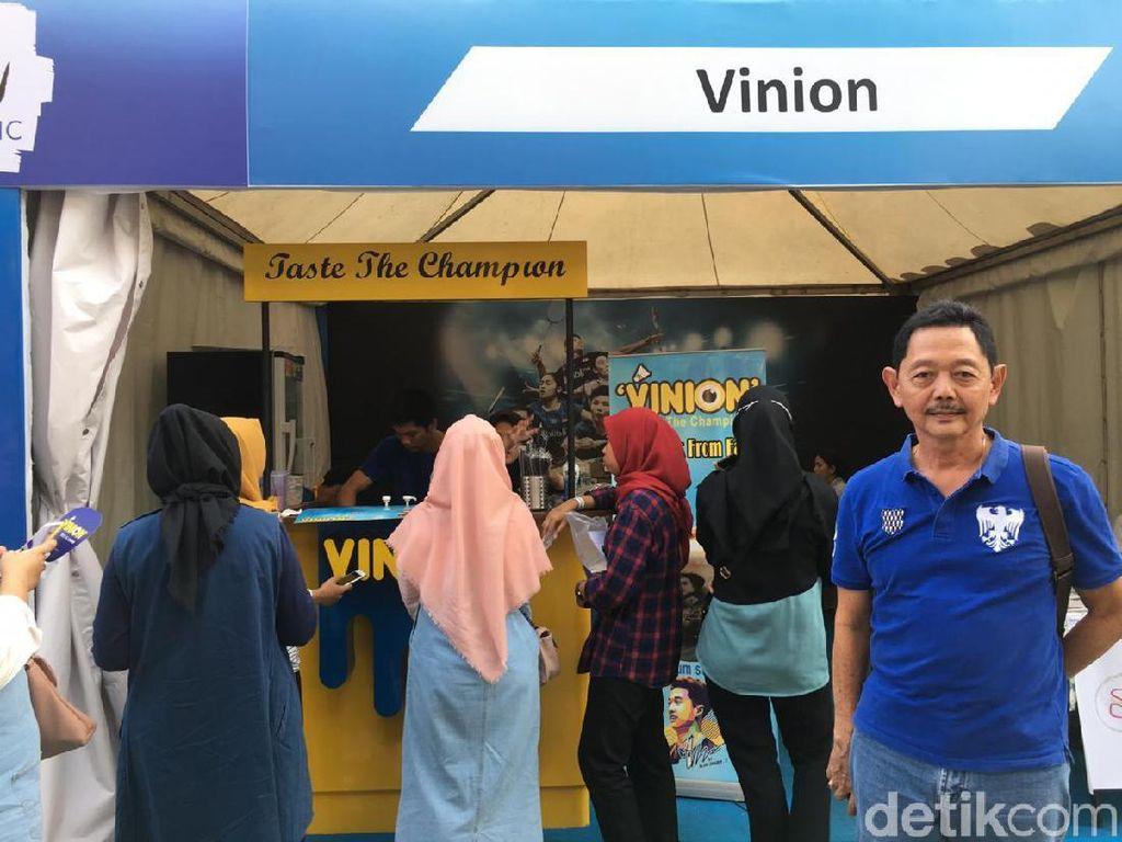 Sambil Nonton Indonesia Open, Singgah di Kedai Susu Milik Kevin Yuk!