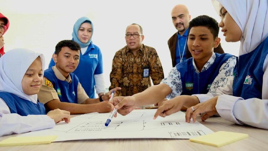 Dorong Digitalisasi Sekolah di Program Madrasah BootCamp