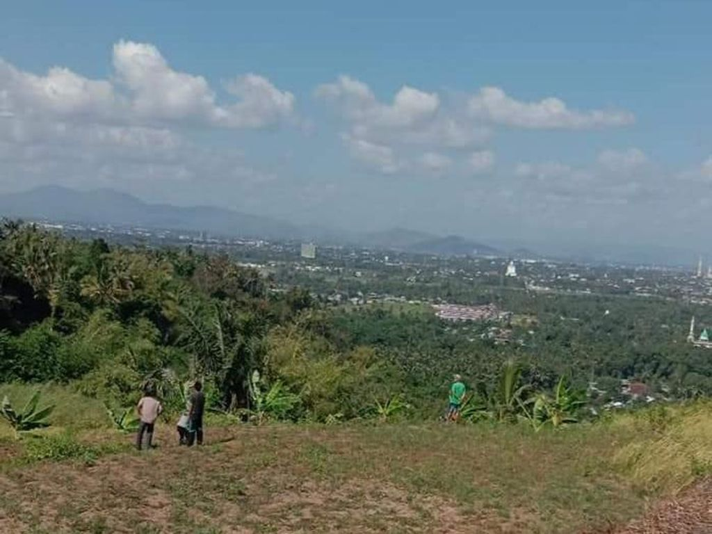 Bukit Korea, Tapi di Lombok