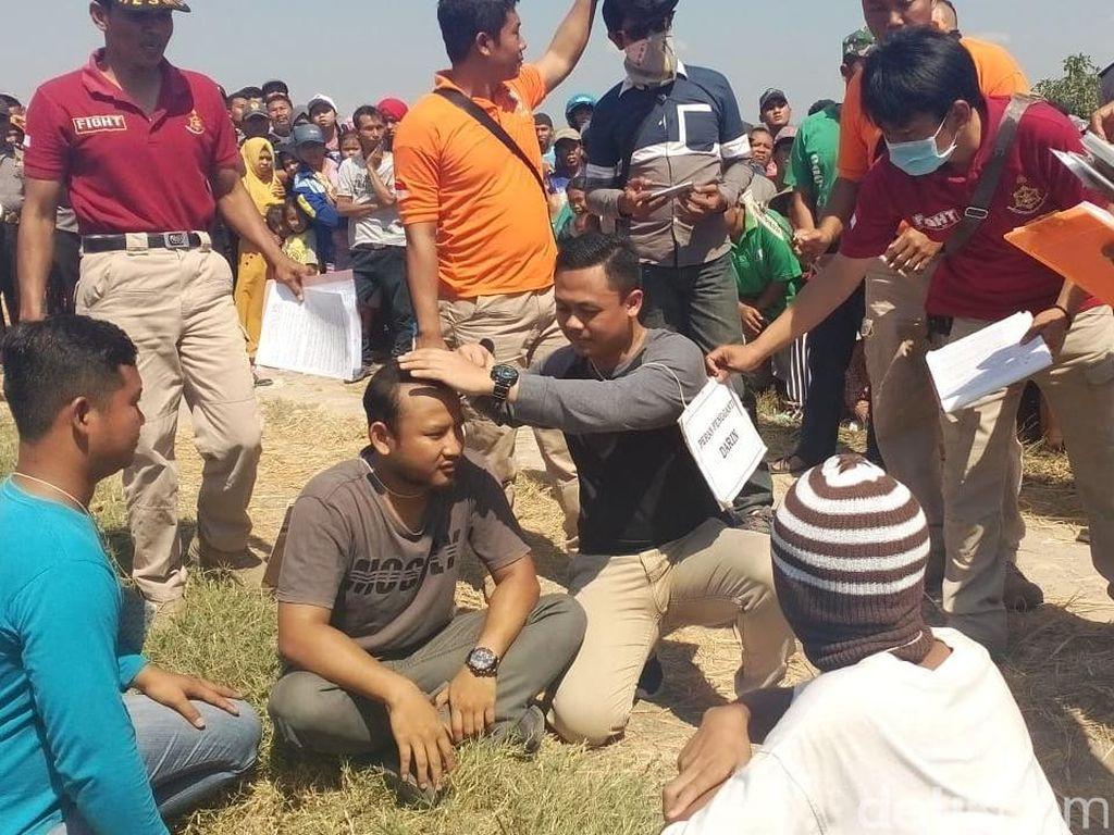 Rekonstruksi Pembunuhan Denny Mayat dalam Karung di Blora Digelar