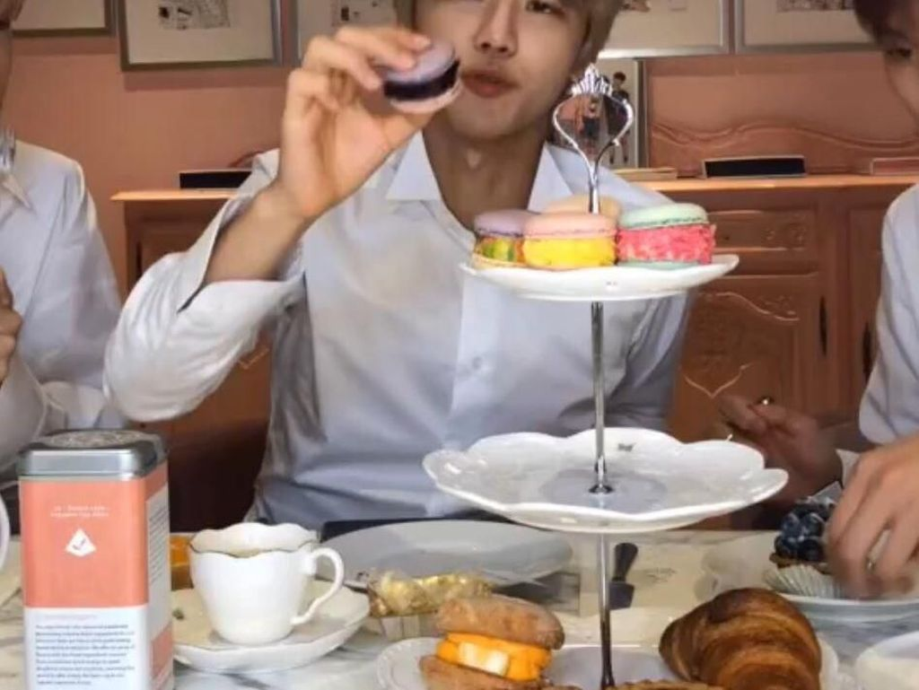 Jaemin NCT Ajak Penggemarnya Unggah Foto Makanan  #NaNaChallenge