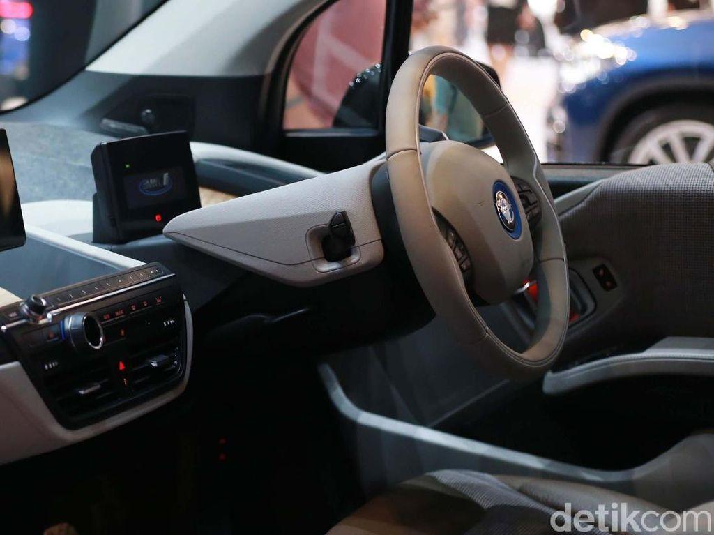 BMW i3s Tidak Bisa Diproduksi di Indonesia