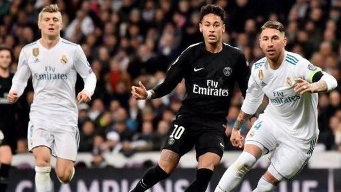 Neymar sempat dirumorkan akan ke Real Madrid musim panas tahun ini. (Foto: CHRISTOPHE SIMON / AFP)
