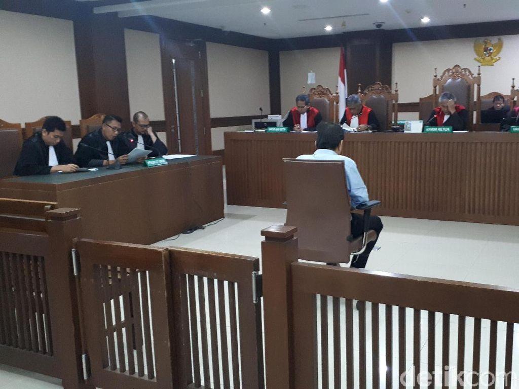Pengusaha Bernard Kalalo Didakwa Suap Bupati Talaud Rp 595 Juta