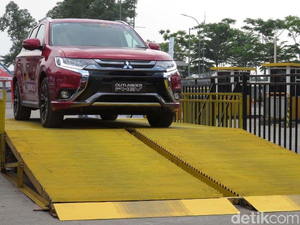 Mobil Hybrid Tak Dapat Perlakuan Spesial, Merasa Dianaktirikan?