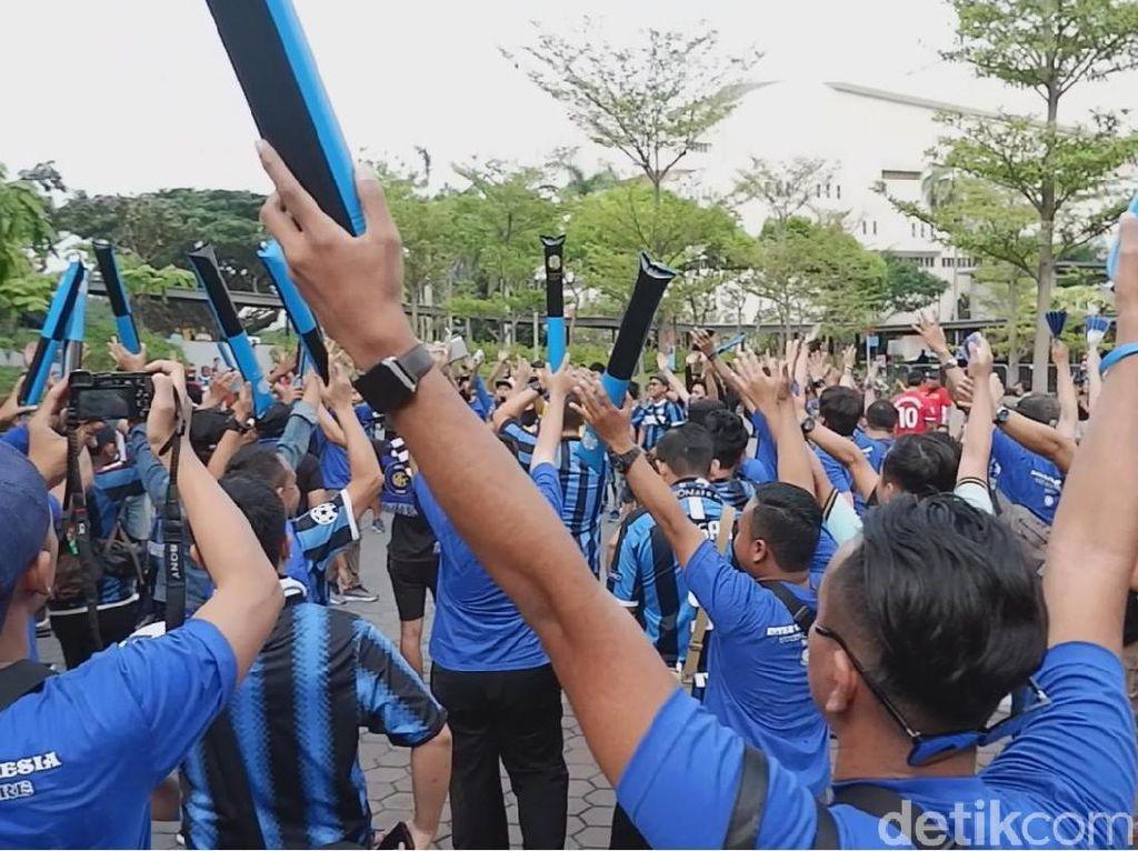 Interisti di Singapura: Kalah Jumlah, tapi Takkan Kalah Suara