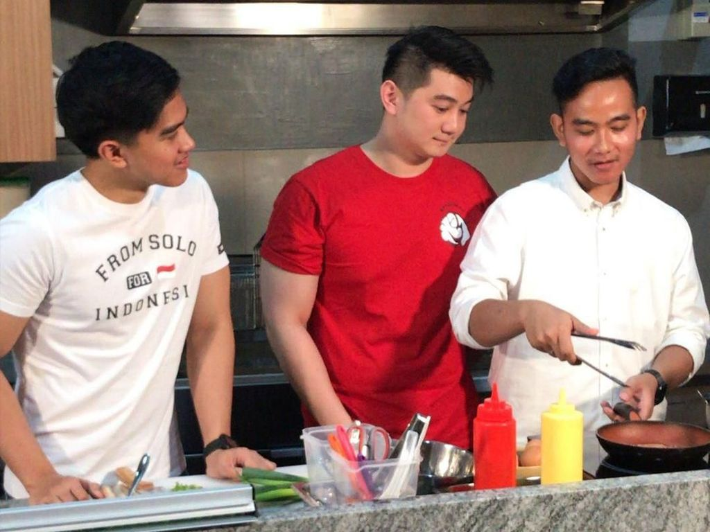 Ini Cerita di Balik Kolaborasi Bisnis Chef Arnold-Gibran-Kaesang