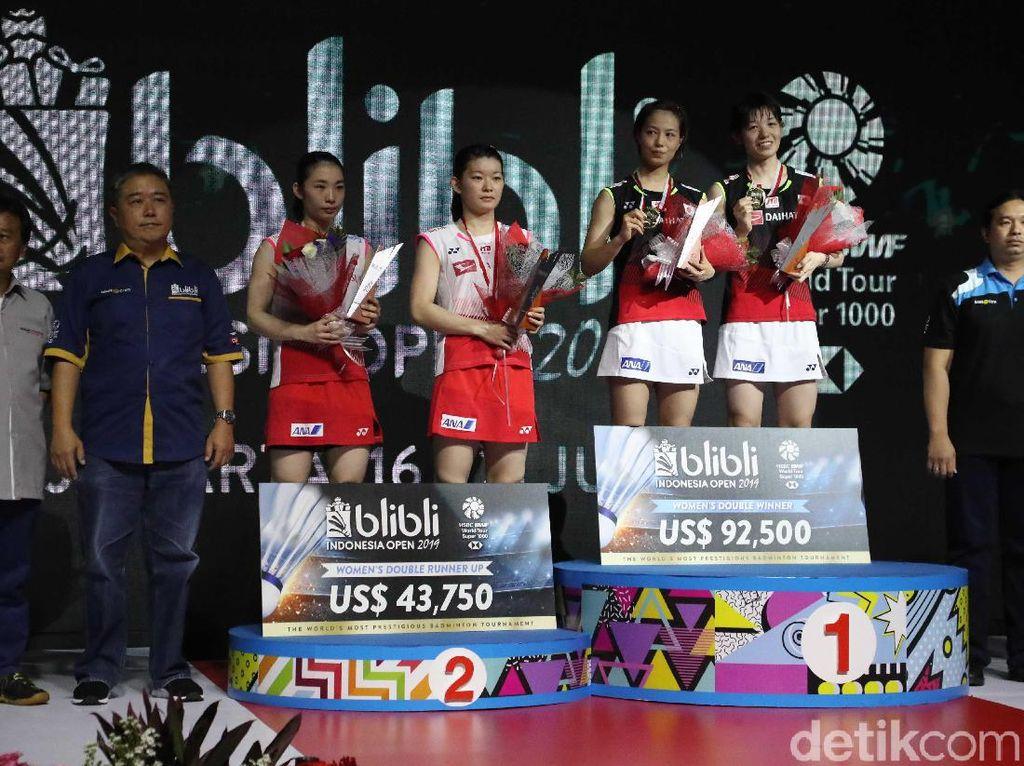 Yuki/Sayaka Juara Ganda Putri Indonesia Open