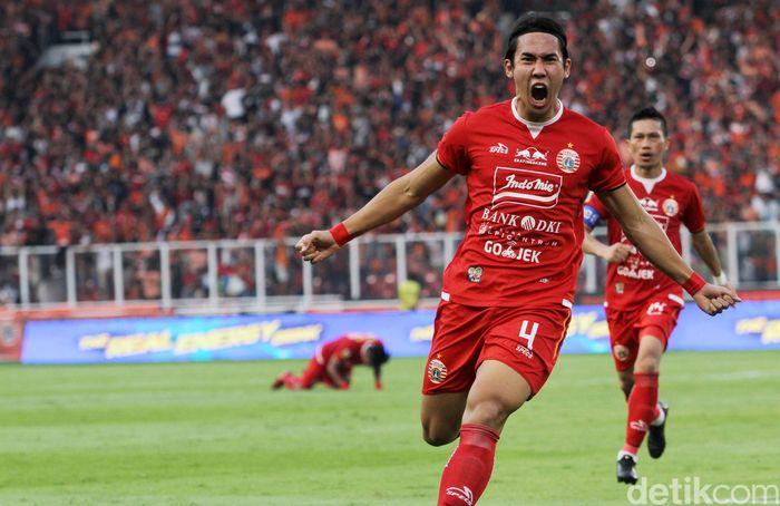 Bermain di Stadion Utama Gelora Bung Karno, Minggu (21/7/2019) sore WIB, Persija mengurung pertahanan PSM di babak pertama.