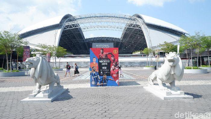 Penonton International Champions Cup 2019 dimanjakan dengan beberapa hiburan di sekitar area stadion. (Foto: Rifqi Ardita Widianto/detikcom)