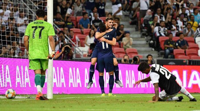 Juventus kalah 2-3 dari Tottenham Hotspur. (Foto: Thananuwat Srirasant/Getty Images)
