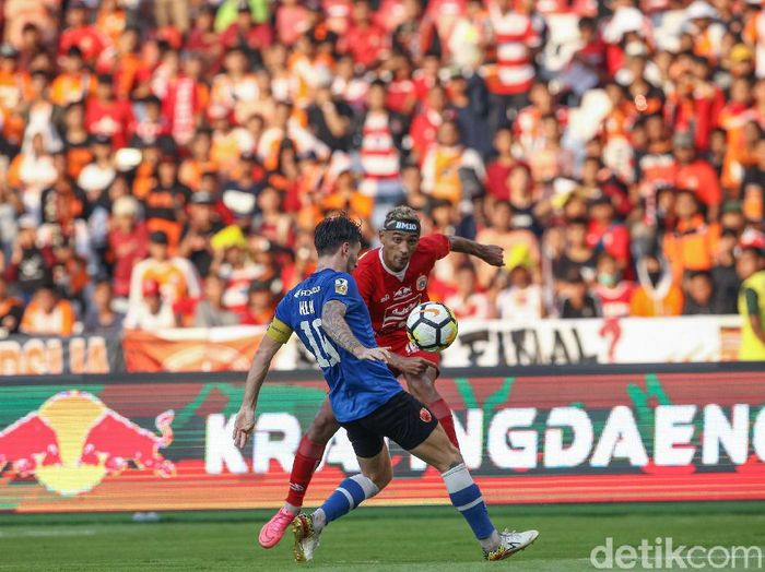Persija Jakarta saat menjamu PSM Makassar di leg I final Piala Indonesia. (Foto: Rifkianto Nugroho/detikcom)