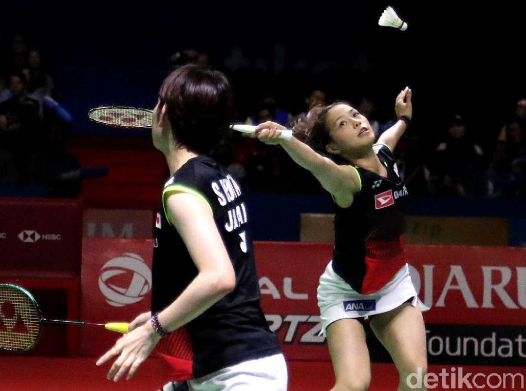 Yuki/Sayaka Jawara Ganda Putri Indonesia Open
