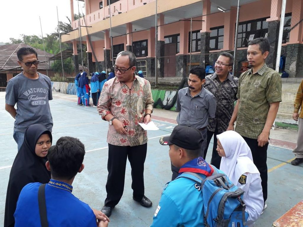 Imbas Bendera Tauhid, Rekrutmen Rohis MAN 1 Sukabumi akan Ditunda