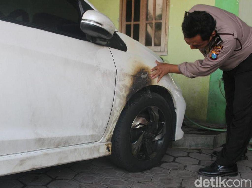 2 Pembakar Mobil Warga di Jombang Lemparkan 3 Bom Molotov