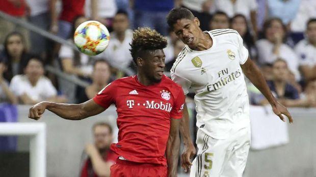 Arsene Wenger gagal meyakinkan Raphael Varane gabung Arsenal.