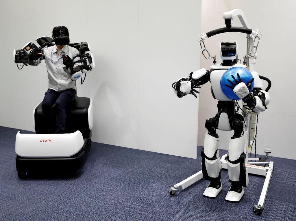 Tidak Bakal Tergantikan Robot, Mahasiswa Wajib Siapkan 5 Skill Ini!