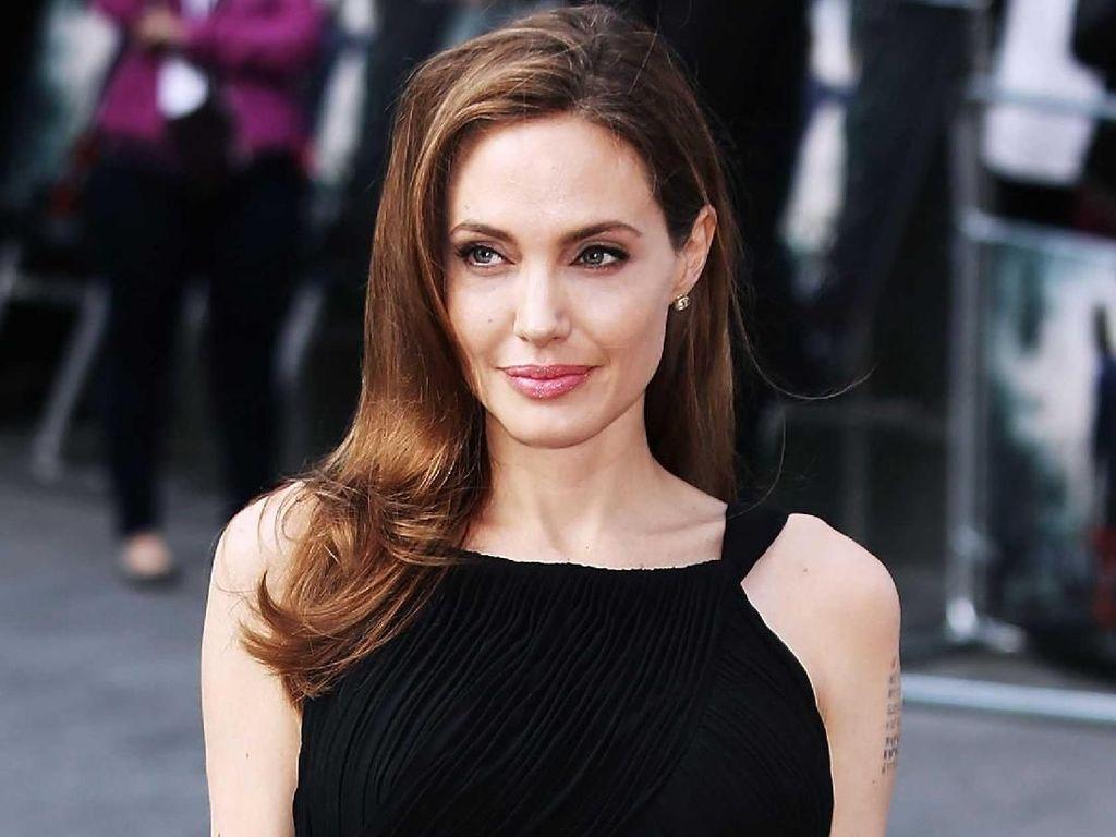 Suka K-Pop Jadi Alasan Anak Angelina Jolie Kuliah di Korea Selatan