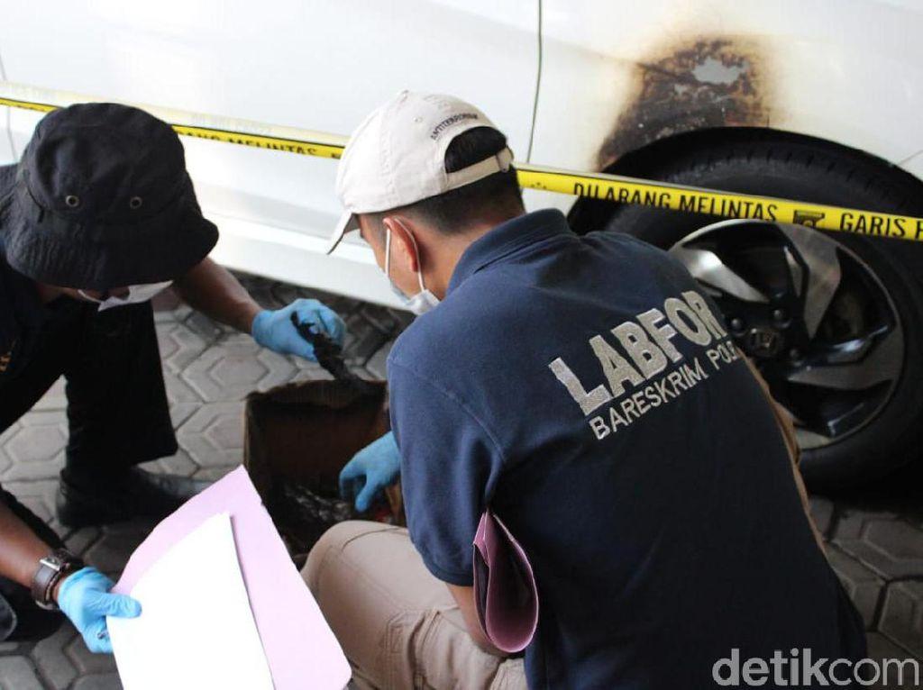 Kasus Pembakaran Mobil dengan Bom Molotov di Jombang Diolah TKP