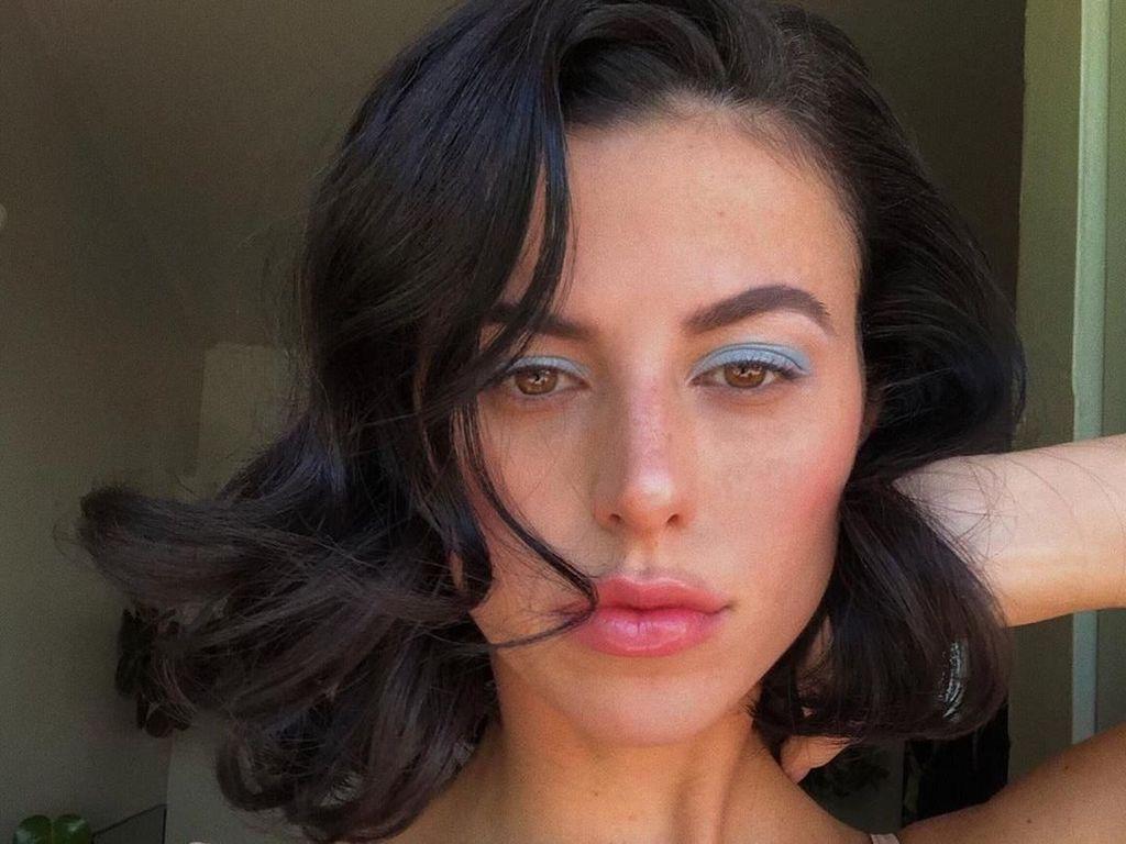 Foto: Ini Asisten Kylie Jenner yang Gayanya Nggak Kalah Seksi dari Sang Bos