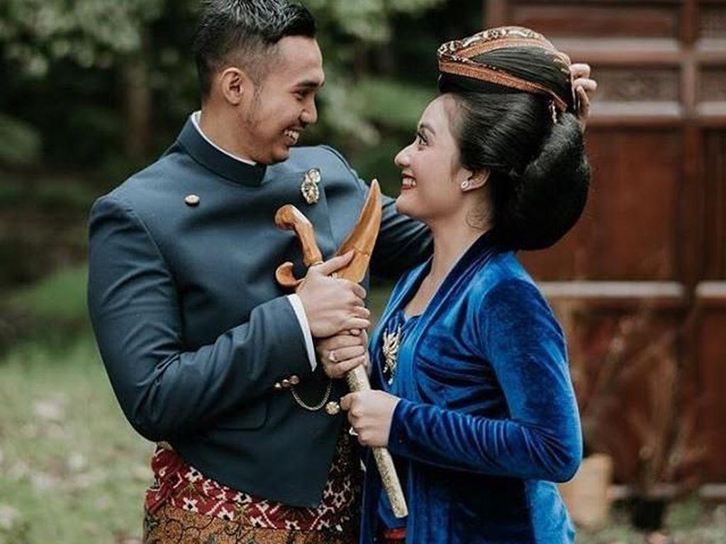 Viral Pernikahan Putri Dirut Migas, Digelar bak Royal Wedding di Solo