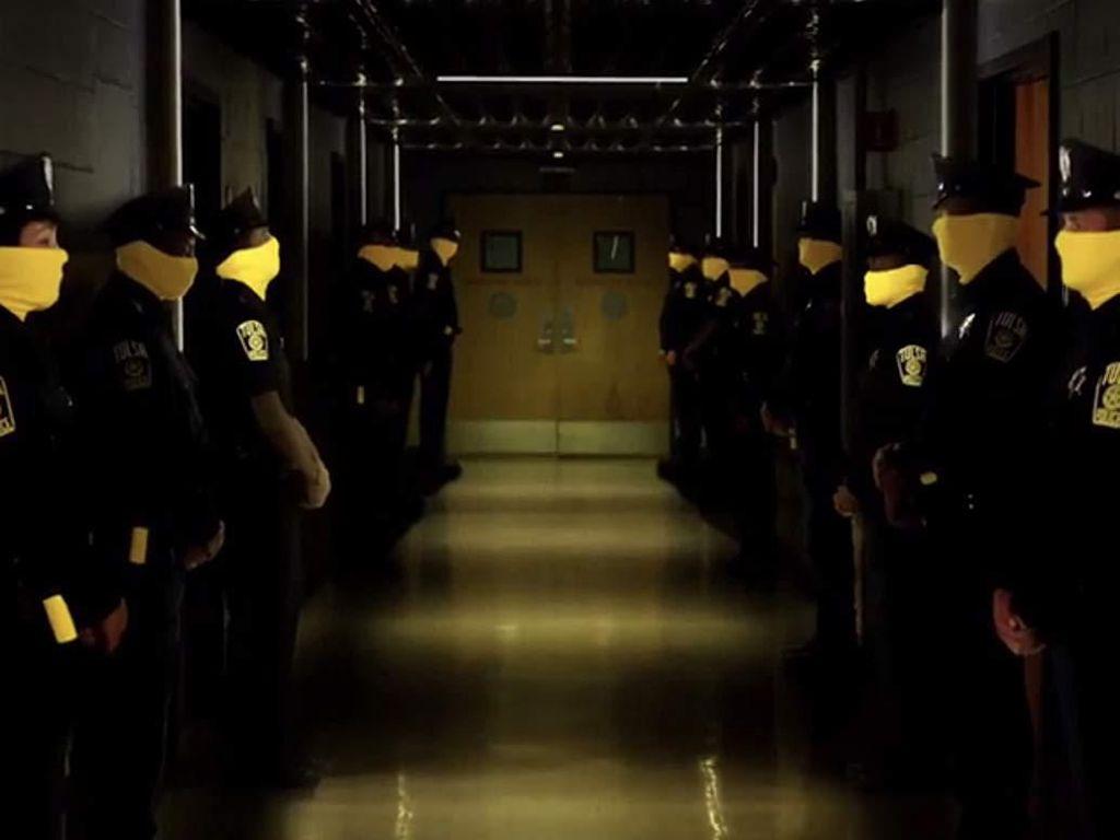 Watchmen, Para Superhero Pembangkang