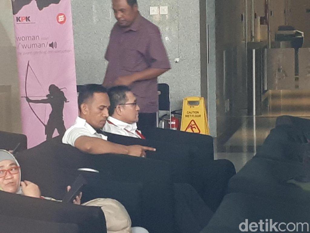 KPK Periksa Anggota DPR F-PAN Sukiman Tersangka Suap